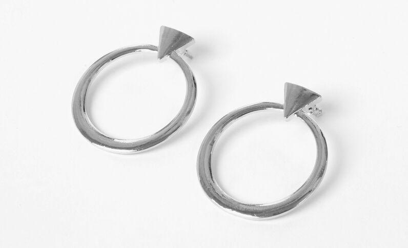 Ohrringe mit geometrischen Motiven Silber