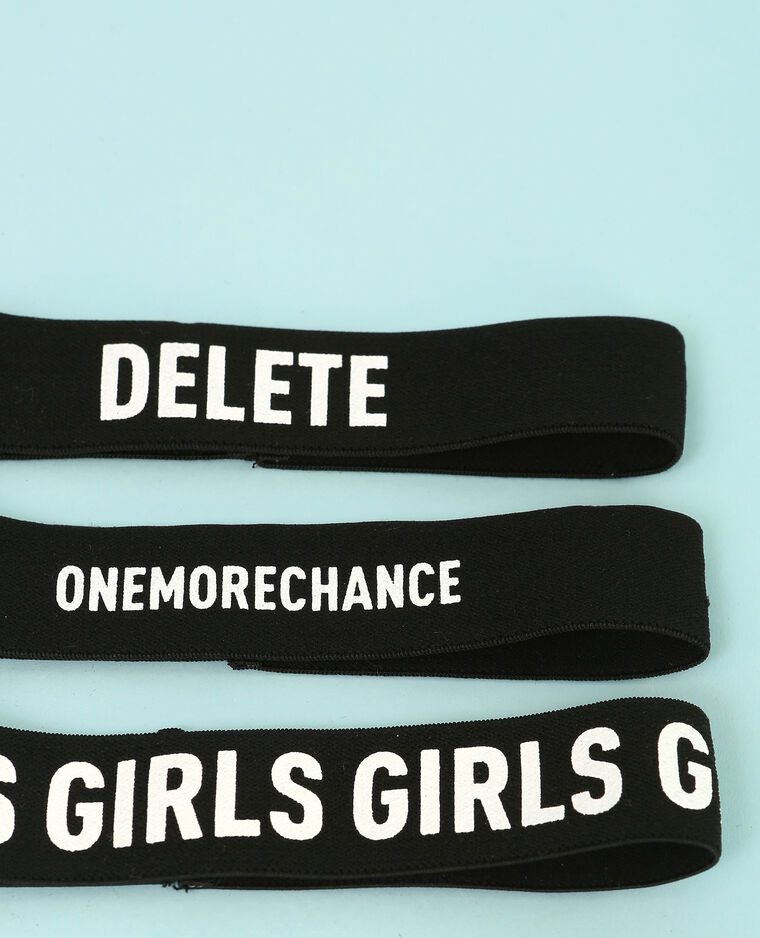 Colliers chokers messages noir