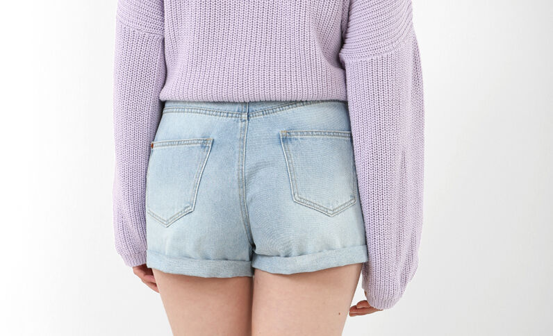 Mom jeans short Lichtblauw