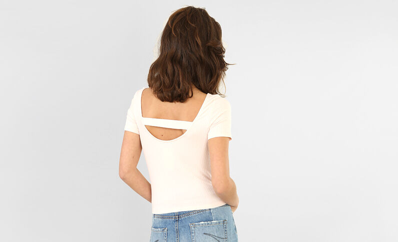 T-shirt cropped a coste rosa