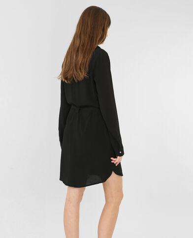 Vestido camisero de crespón negro