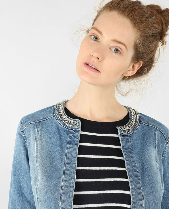Jeansjacke mit Kette am Kragen Blau