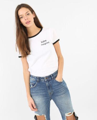Besticktes T-Shirt Weiß