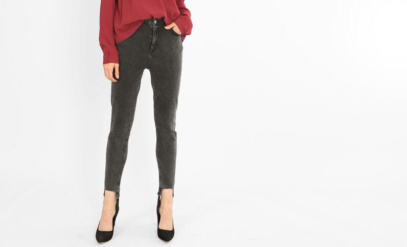 Skinny-Jeans in Keilhosenform Schwarz