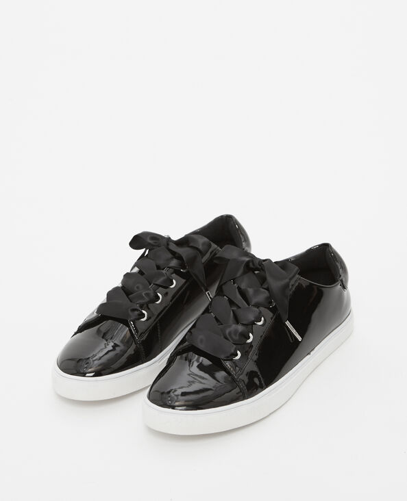 Baskets vernies noir