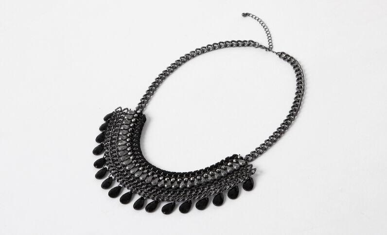 Plastron-Halskette in Dark Silver Grau