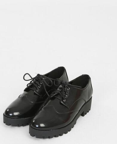 Zapatos derby con suela dentada negro