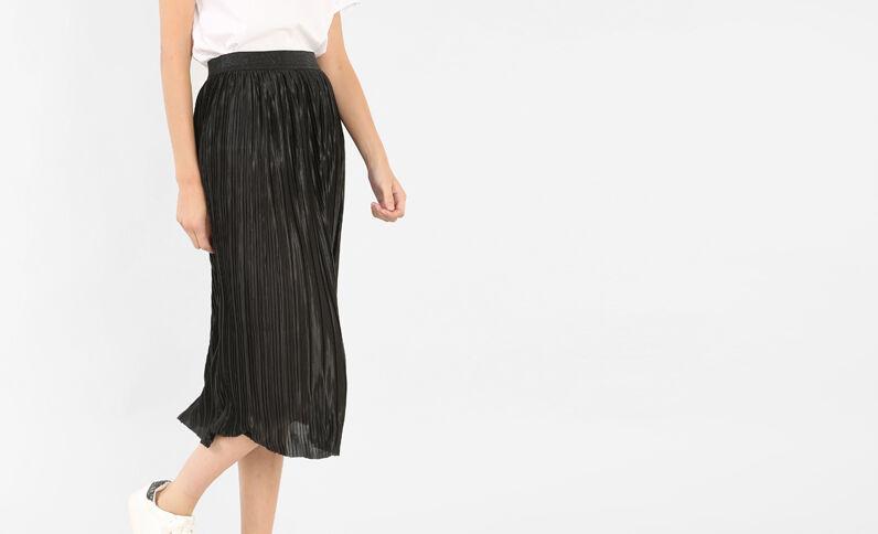 Falda midi plisada negro