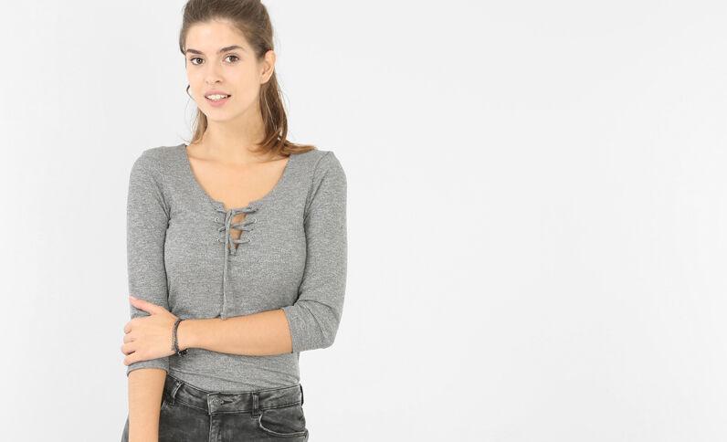Am Ausschnitt geschnürtes T-Shirt Grau
