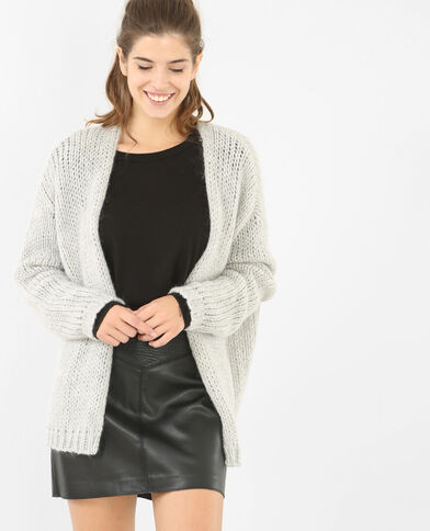 Warme Strickjacke in Bernadette-Form Grau meliert