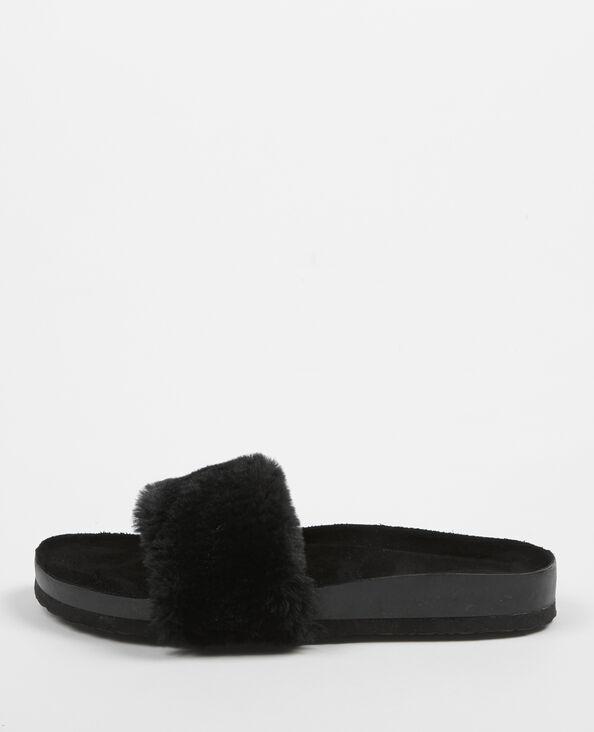 Platte sandalen uit imitatiebont zwart