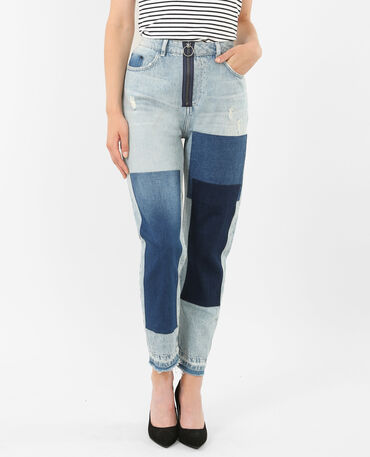 Jean mum à patchs bleu denim