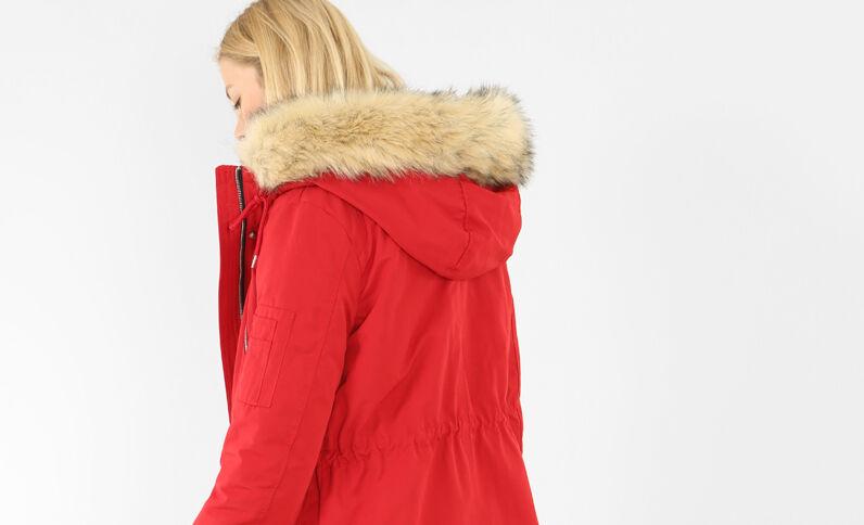 Parka longue à capuche rouge