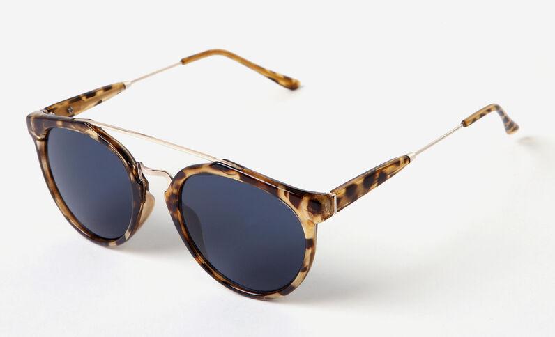 Gafas de sol con puente marrón