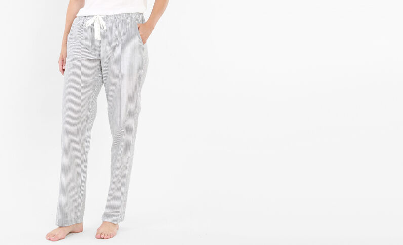 Gestreifte Pyjamahose Weiß