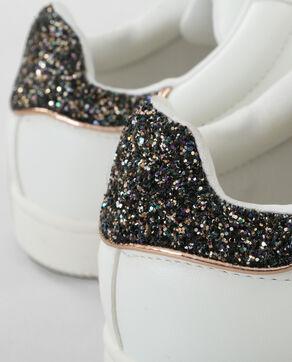 Zapatillas con glitter en la parte trasera blanco