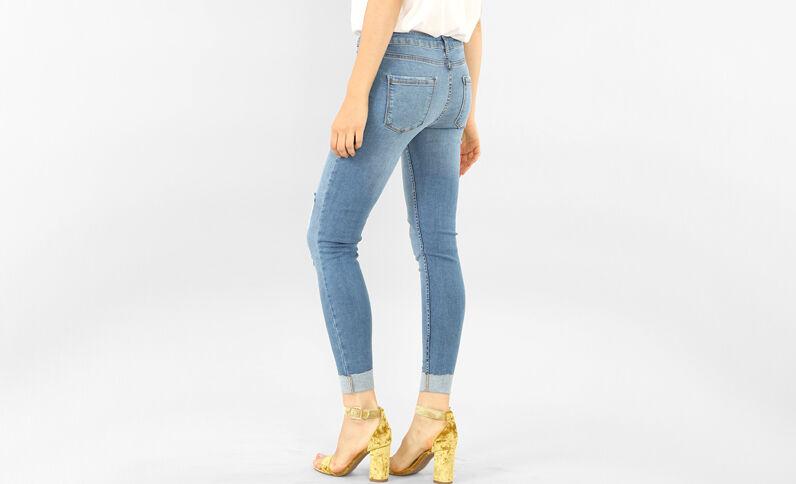 Umgeschlagene Skinny Destroy-Jeans Denimblau