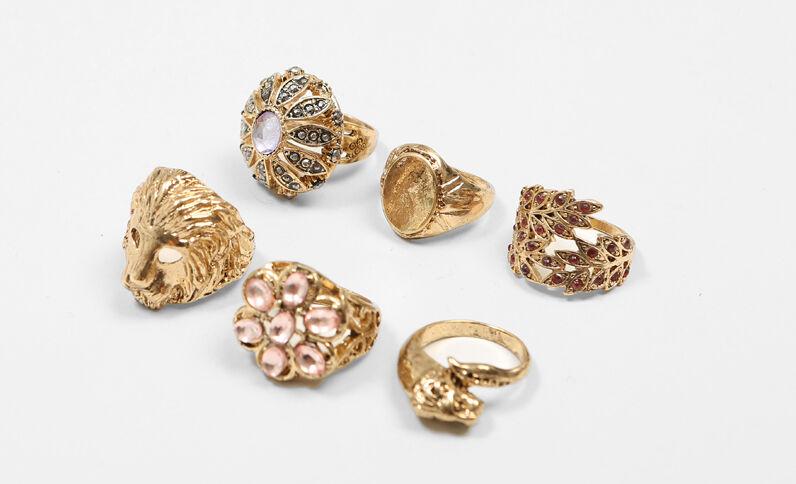 Set mit 6 Ringen Gold