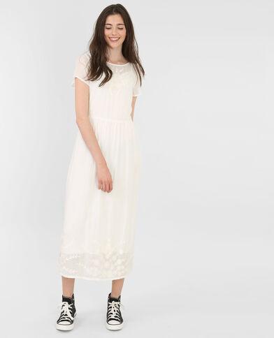 Longue robe brodée blanc cassé
