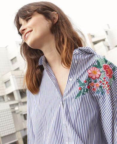 Chemise rayée avec broderie blanc