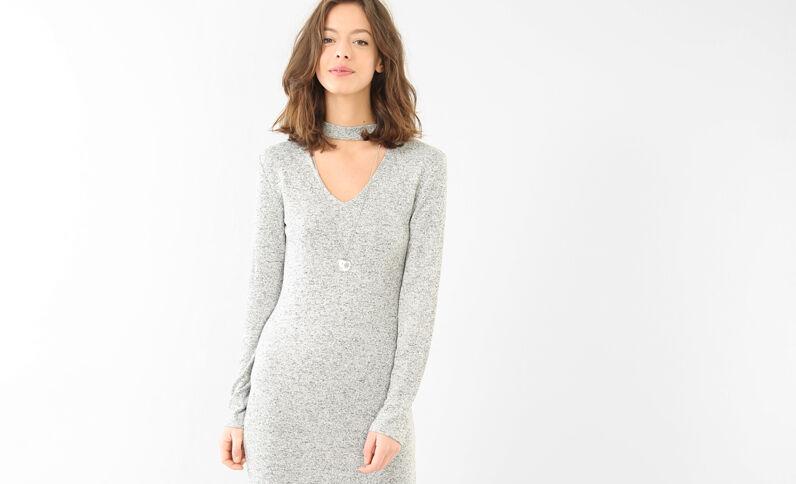 Gestricktes Kleid mit Choker-Kragen Grau meliert