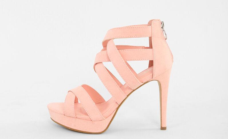 Sandaletten in Rosa mit hohen Absätzen Zartrosa