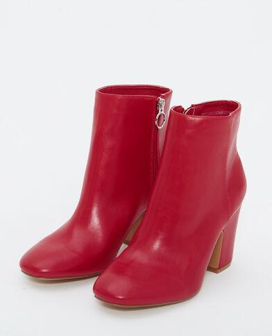 Botines de tacón rojo