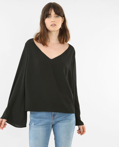 Blusa con escote de pico negro