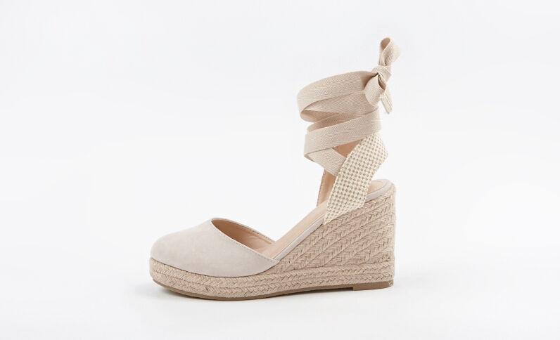Sandales compensées beige taupe