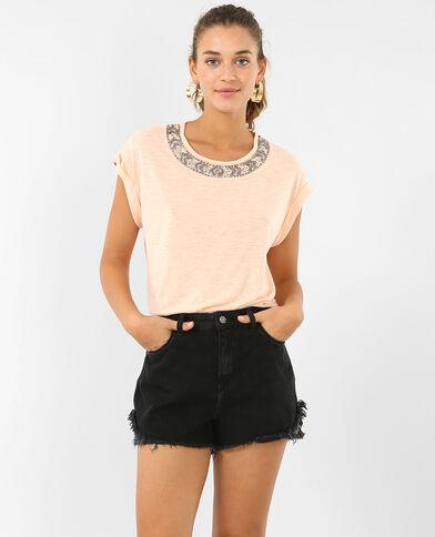 T-shirt encolure bijoux rose