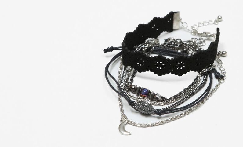 Lot de bracelets grunge noir