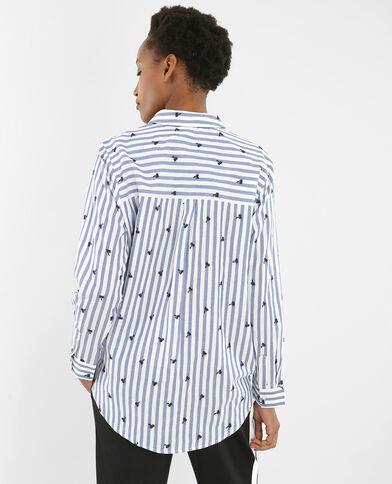 Gestreifte Hemdbluse mit gesticktem Palmen-Motiv Altweiß