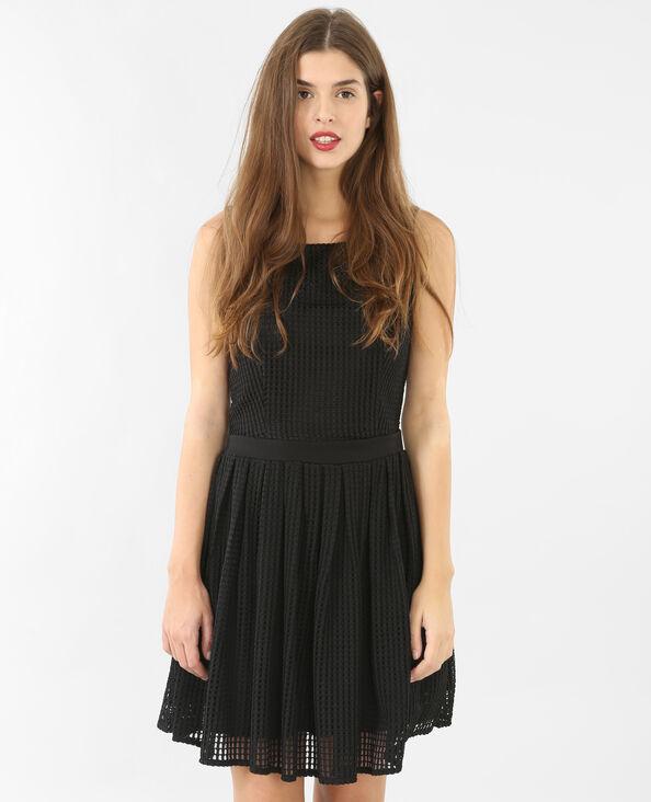 Skater-Kleid aus strukturiertem Material Schwarz