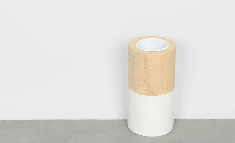 Candelero de madera blanco