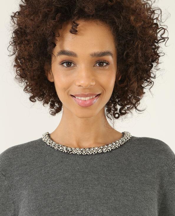 Pullover mit verziertem Halsausschnitt Grau