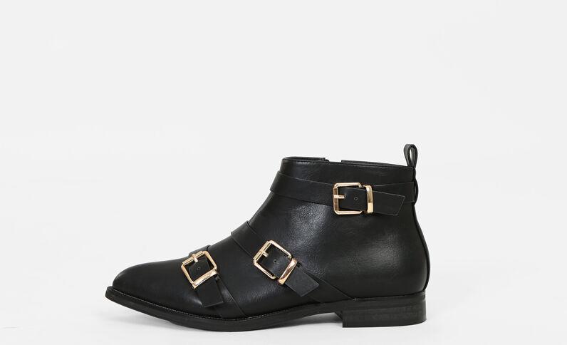 Boots a punta nero
