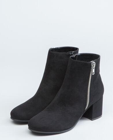 Boots con zip nero