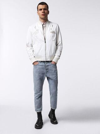 J-FLAM, Blanc