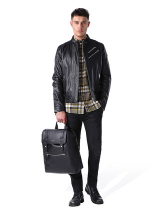 L-OYTON, Black leather