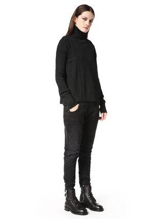 TYPE-147, Jean noir