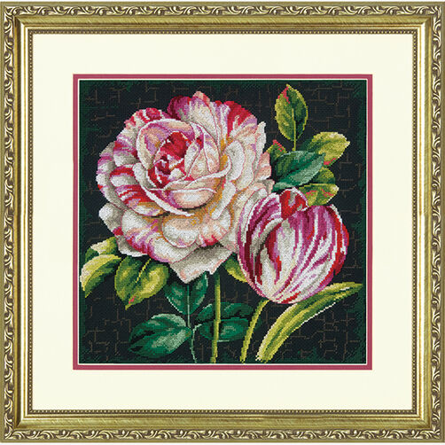 Tulip Drama in Counted Cross Stitch_70-35314