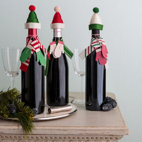 Bundled Up Bottle Decorations Gift Kit_48-30324