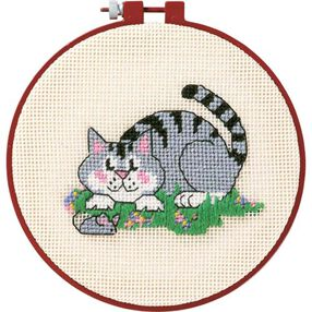 A Cat and a Mouse, Needlepoint_72318