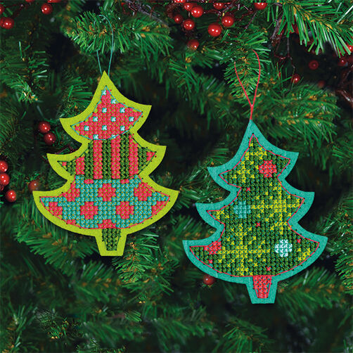 Jolly Tree Ornaments in Counted Cross Stitch_72-08241