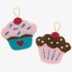 Try Needle Felting Cupcake _72-73909