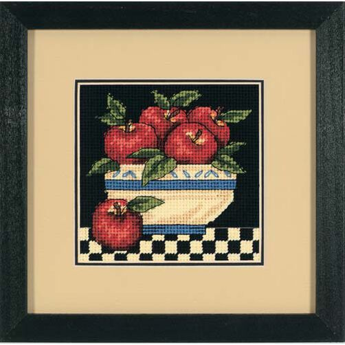 A Bowl of Apples_07191