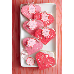 Valentine Heart Shaped Treat Bags_44-00070