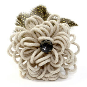 Yarn Blossom Pin & Clip Flower_56-63059