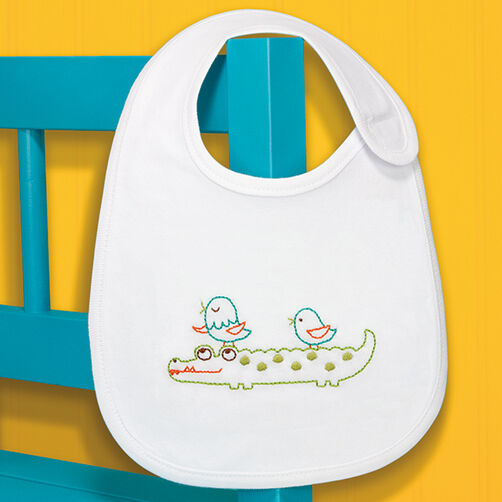 Gator Bib in Embroidery_70-73968