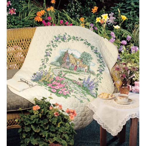 Hollyhock Cottage Quilt_03216